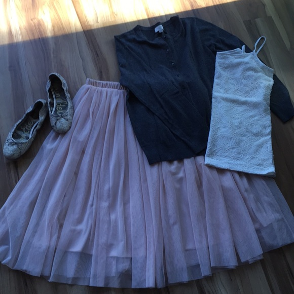 Mossimo Supply Co. Dresses & Skirts - Mossimo blush tulle skirt- NWOT